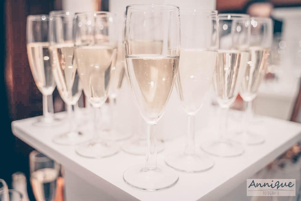 Onbeperkt drinken bij scholierenfeest in kasteel