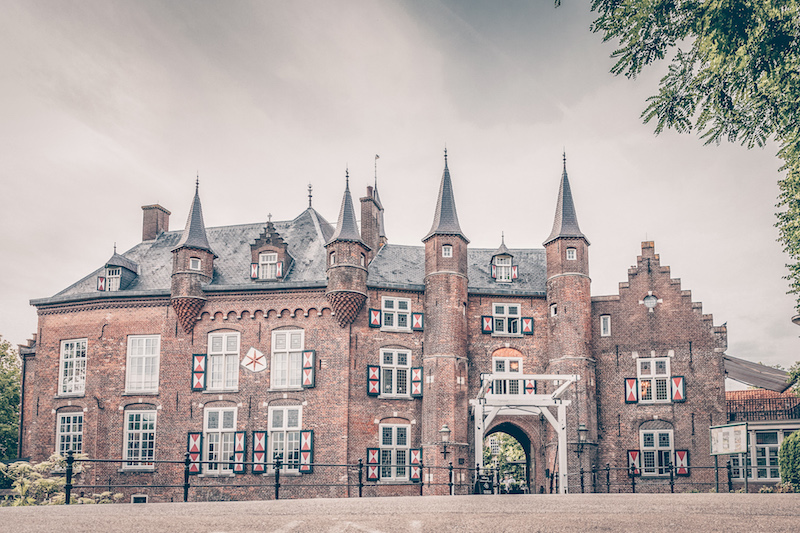 Borrelen-bij-een-kasteel