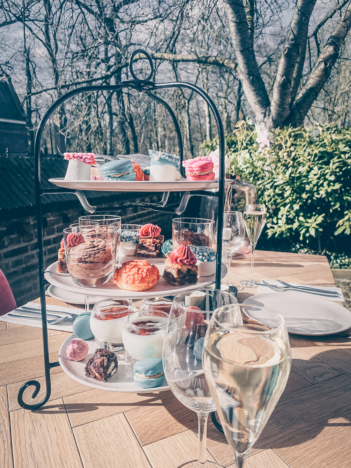high-tea-babyshower-hapjes-tafel